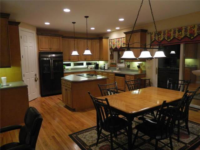 2206 Picardy Meadow Lane, Chesterfield, MO 63017 (#20045014) :: Realty Executives, Fort Leonard Wood LLC