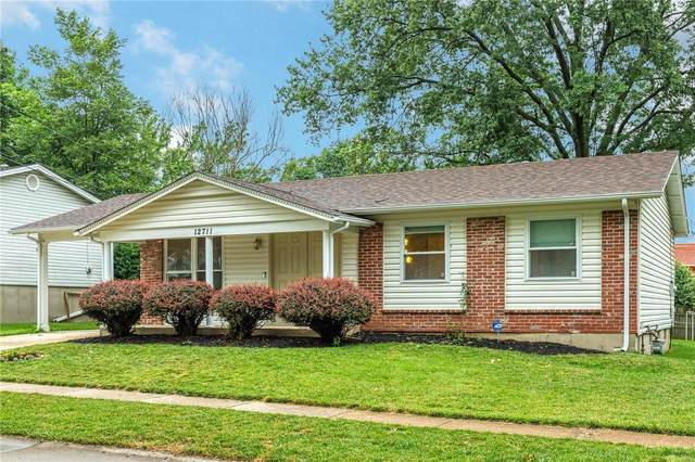 12711 Foxhound Drive, Maryland Heights, MO 63043 (#20045241) :: Clarity Street Realty