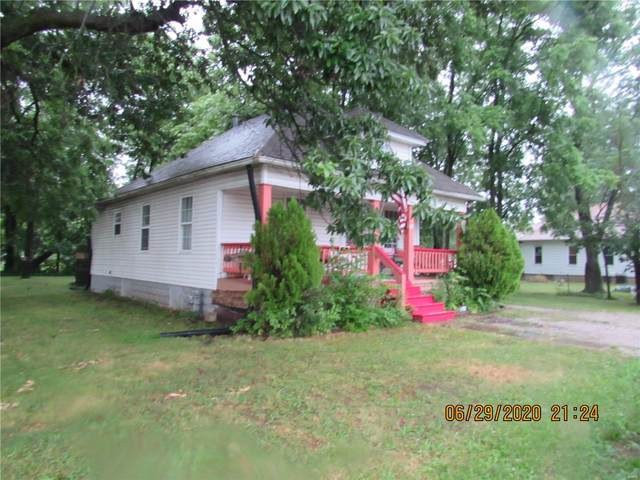 627 Anderson, CARLINVILLE, IL 62626 (#20045451) :: Tarrant & Harman Real Estate and Auction Co.