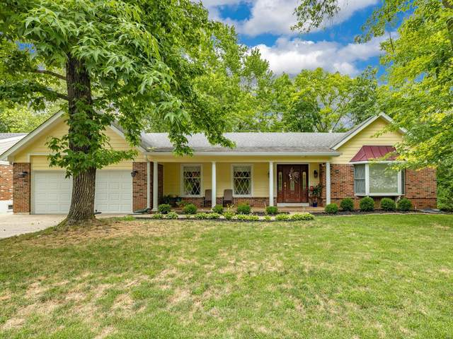 12359 Falaise Drive, St Louis, MO 63141 (#20045814) :: Clarity Street Realty