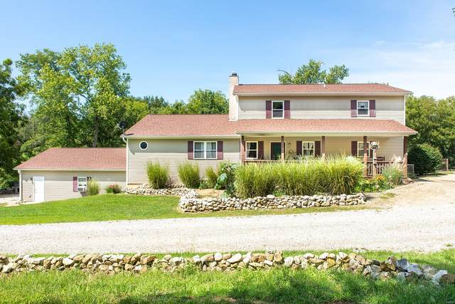 3527 Whispering Lane, Brighton, IL 62012 (#20046922) :: The Becky O'Neill Power Home Selling Team