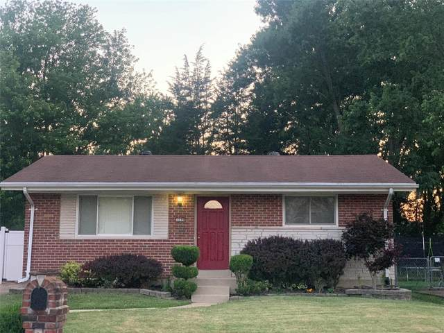 1239 Surfside, Arnold, MO 63010 (#20046954) :: Parson Realty Group