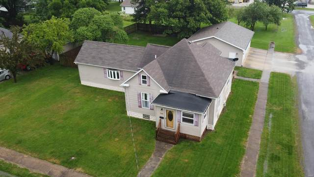 728 W Seventh, STAUNTON, IL 62088 (#20047070) :: Clarity Street Realty