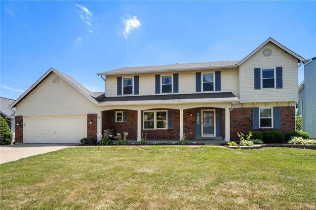 2087 Autumn Wood Drive, Saint Charles, MO 63303 (#20047432) :: Kelly Hager Group | TdD Premier Real Estate