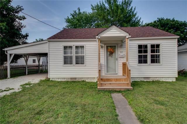 205 Harrison Street, Jerseyville, IL 62052 (#20047742) :: Hartmann Realtors Inc.