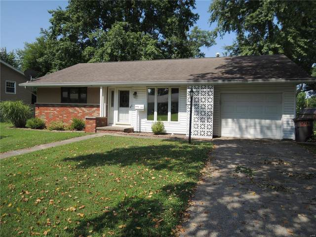 505 Maple Street, Greenville, IL 62246 (#20047923) :: Kelly Hager Group | TdD Premier Real Estate