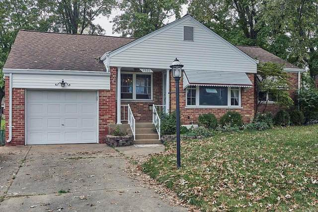 7920 E Yorkshire Drive, St Louis, MO 63123 (#20048115) :: RE/MAX Vision