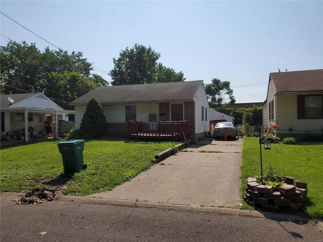 10428 Presley Drive, St Louis, MO 63137 (#20048251) :: The Becky O'Neill Power Home Selling Team