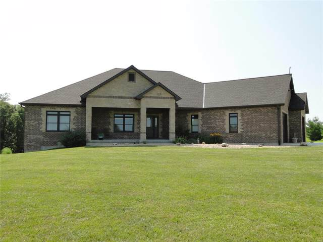 5489 Wood Ridge, Hannibal, MO 63401 (#20048437) :: The Becky O'Neill Power Home Selling Team