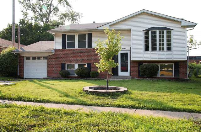 2735 Sorrell Drive, Florissant, MO 63033 (#20048464) :: The Becky O'Neill Power Home Selling Team