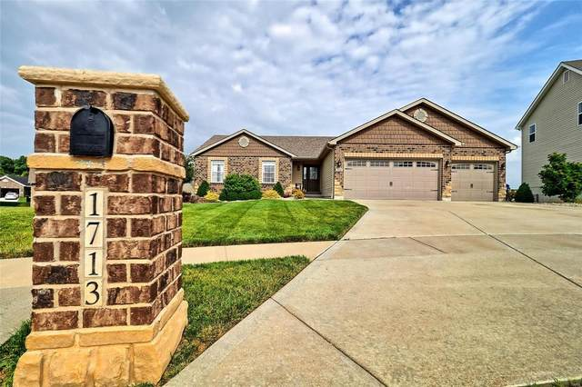 1713 Woods Mill Drive, Wentzville, MO 63385 (#20048483) :: Barrett Realty Group