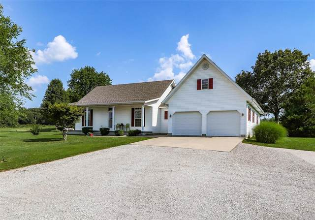 18260 Oasis Drive, Phillipsburg, MO 65722 (#20048508) :: The Becky O'Neill Power Home Selling Team