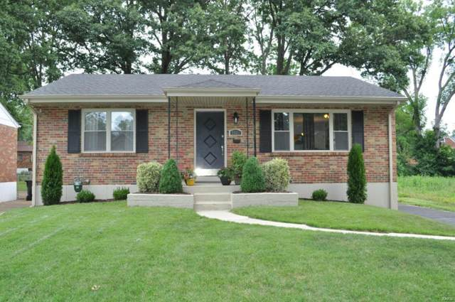 7533 Shaftesbury Avenue, University City, MO 63130 (#20048532) :: The Becky O'Neill Power Home Selling Team