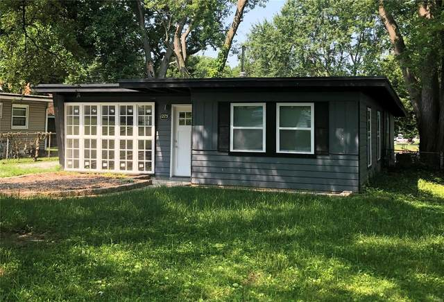 1275 Saint Jean Street, Florissant, MO 63031 (#20048533) :: The Becky O'Neill Power Home Selling Team