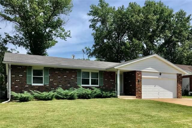 2104 Terra Cotta Drive, Godfrey, IL 62035 (#20048756) :: Matt Smith Real Estate Group