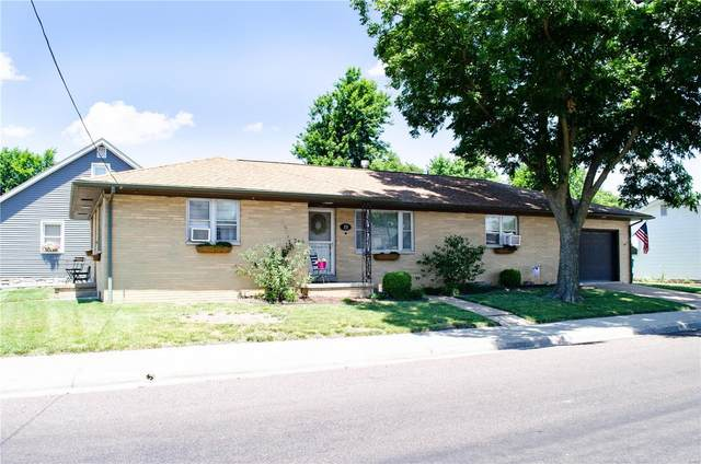 19 W Madison, Millstadt, IL 62260 (#20049028) :: The Becky O'Neill Power Home Selling Team