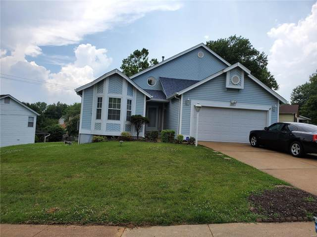 5420 Priorybrook, Black Jack, MO 63033 (#20049042) :: Matt Smith Real Estate Group
