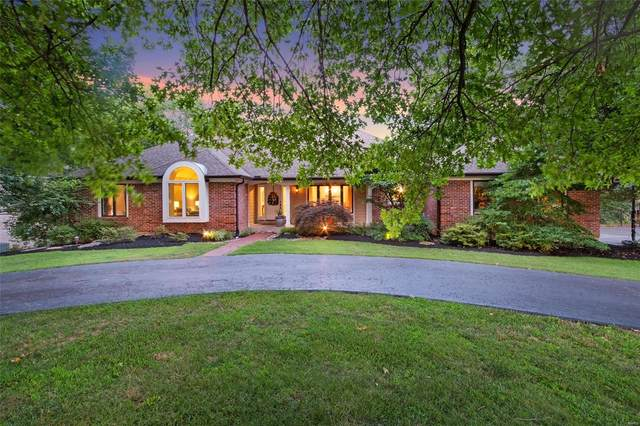 9838 Eagle Hill Lane, St Louis, MO 63127 (#20049327) :: The Becky O'Neill Power Home Selling Team