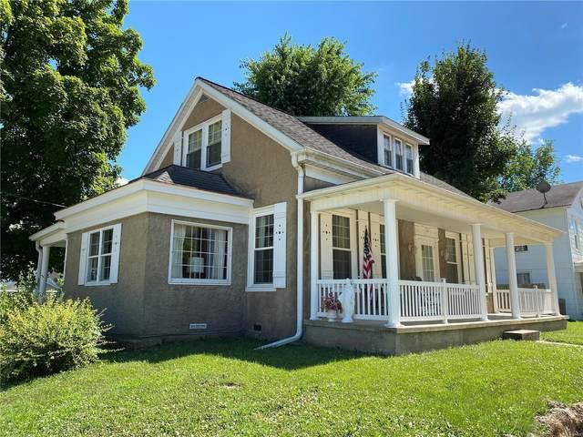 1402 Georgia Street, Louisiana, MO 63353 (#20049752) :: The Becky O'Neill Power Home Selling Team