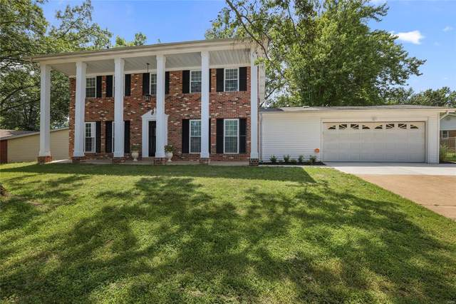 5023 Flamewood, St Louis, MO 63129 (#20050284) :: The Becky O'Neill Power Home Selling Team