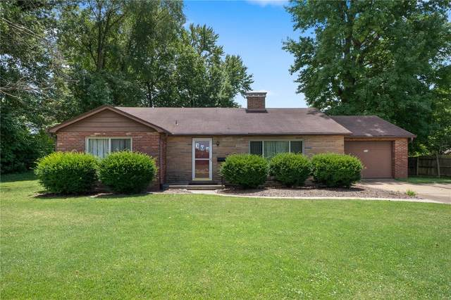 304 S 74th, Belleville, IL 62223 (#20050377) :: The Becky O'Neill Power Home Selling Team