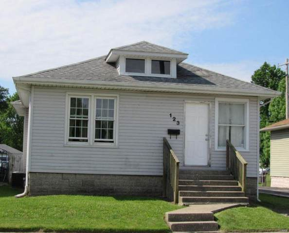 123 W Tydeman Avenue, Roxana, IL 62084 (#20050774) :: St. Louis Finest Homes Realty Group