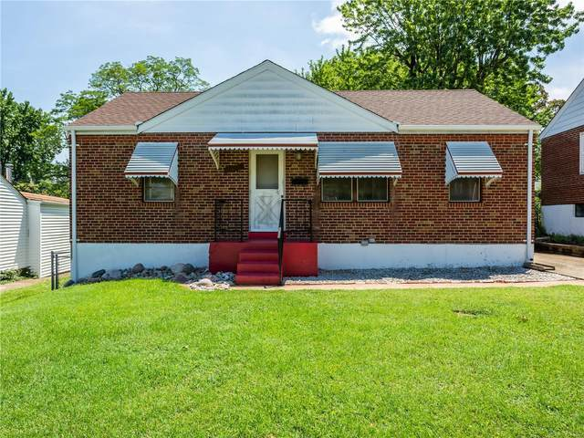 9842 Huntingdon Lane, St Louis, MO 63123 (#20050820) :: The Becky O'Neill Power Home Selling Team