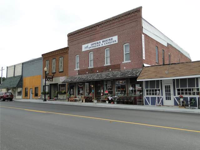 208 South Main Street, Monroe City, MO 63456 (#20051518) :: The Becky O'Neill Power Home Selling Team