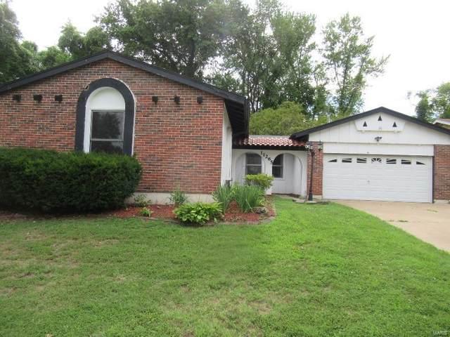 11265 Latonka Trail, Florissant, MO 63033 (#20051542) :: The Becky O'Neill Power Home Selling Team