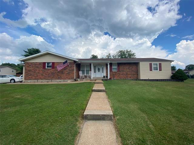 5822 Barberry Drive, Imperial, MO 63052 (#20052068) :: The Becky O'Neill Power Home Selling Team