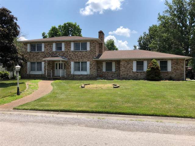 660 W 3rd, TRENTON, IL 62293 (#20052242) :: Kelly Hager Group | TdD Premier Real Estate