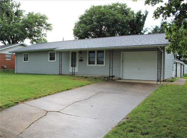 207 W Field Drive, RED BUD, IL 62278 (#20052680) :: Parson Realty Group
