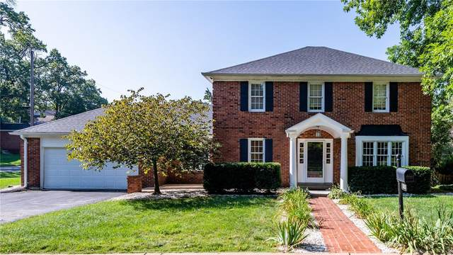 11908 Country Club Drive, St Louis, MO 63131 (#20052878) :: The Becky O'Neill Power Home Selling Team