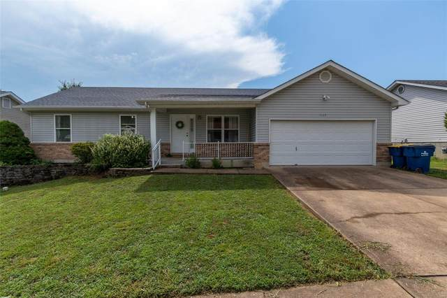 1117 Valentine St, Festus, MO 63028 (#20053090) :: The Becky O'Neill Power Home Selling Team
