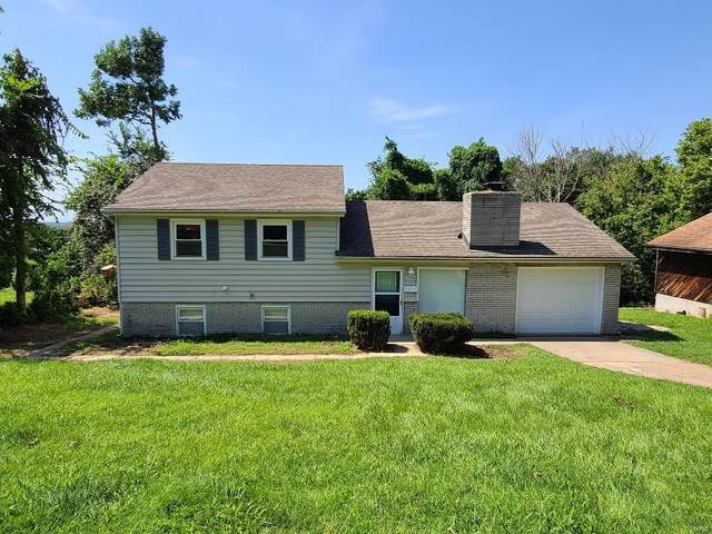 1525 Bluff, Florissant, MO 63031 (#20053493) :: The Becky O'Neill Power Home Selling Team