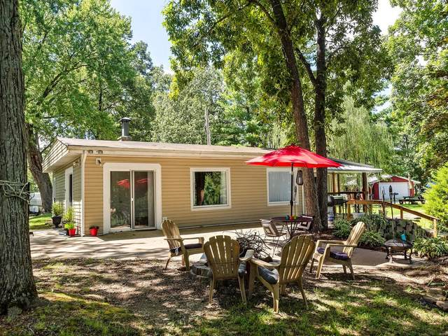 1966 Lee Lane, Centralia, IL 62801 (#20053646) :: The Becky O'Neill Power Home Selling Team