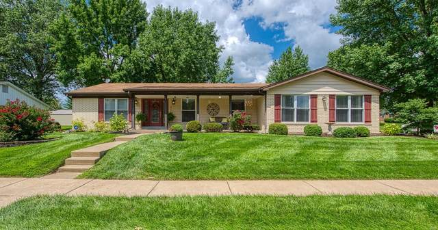 5157 Bryncastle Place, St Louis, MO 63128 (#20054143) :: The Becky O'Neill Power Home Selling Team