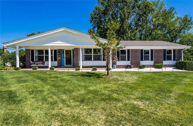 262 Glen Valley Drive, Chesterfield, MO 63017 (#20054150) :: The Becky O'Neill Power Home Selling Team