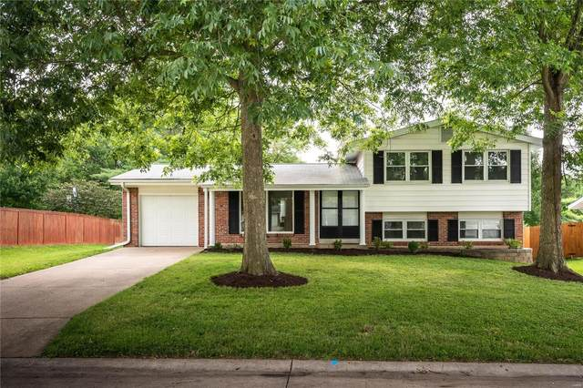 826 Judson Manor Drive, St Louis, MO 63141 (#20054197) :: The Becky O'Neill Power Home Selling Team