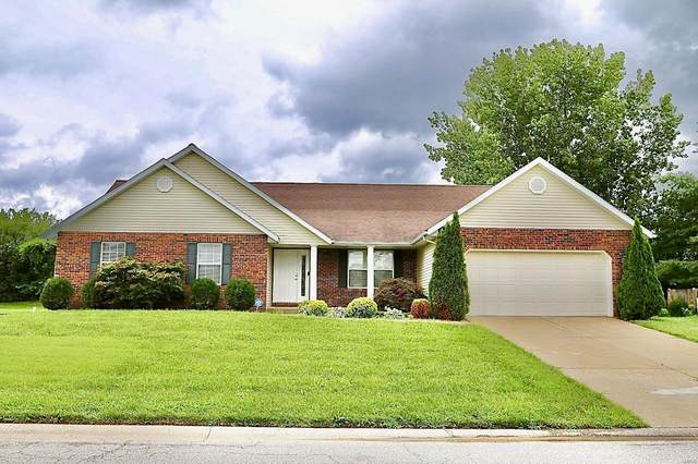 2300 Greenfield, Belleville, IL 62221 (#20054415) :: Parson Realty Group