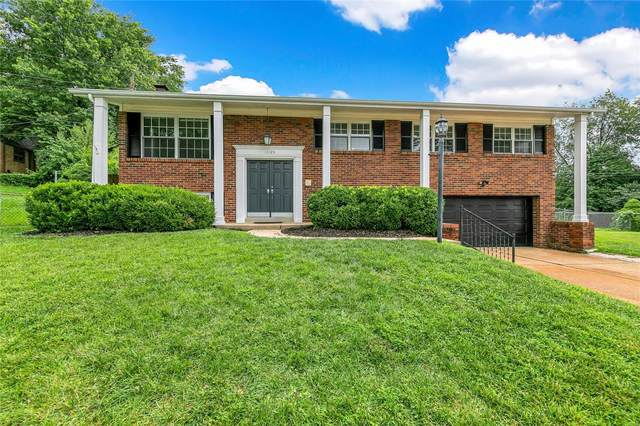 11123 Patrina Court, St Louis, MO 63126 (#20054504) :: Clarity Street Realty