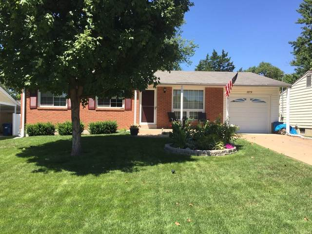 2819 Beechwood, Maryland Heights, MO 63043 (#20054872) :: The Becky O'Neill Power Home Selling Team
