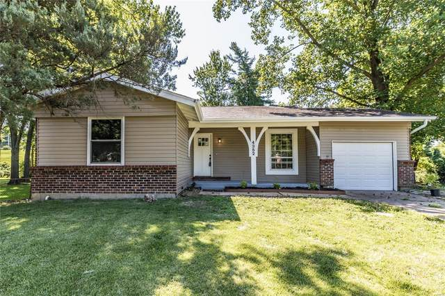 4352 Tarentum Drive, Florissant, MO 63033 (#20054903) :: The Becky O'Neill Power Home Selling Team