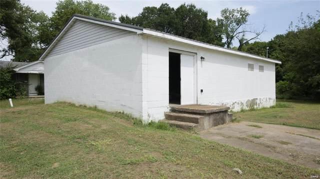 219 E 3rd Street, De Soto, MO 63020 (#20054968) :: Parson Realty Group