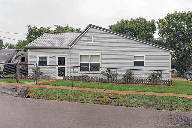 202 S Vandervoot Street, Desloge, MO 63601 (#20054969) :: The Becky O'Neill Power Home Selling Team