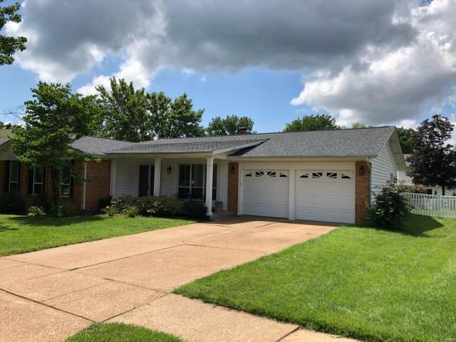 2608 Cripple Creek Drive, St Louis, MO 63129 (#20055009) :: The Becky O'Neill Power Home Selling Team