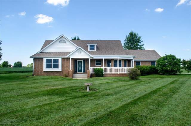6005 Prairie Drive, Millstadt, IL 62260 (#20055281) :: The Becky O'Neill Power Home Selling Team