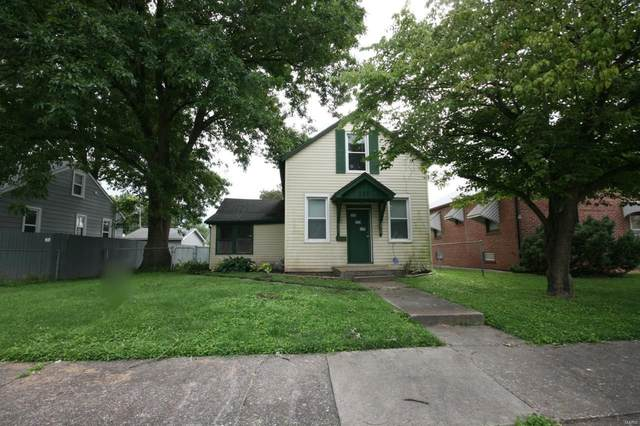 137 N Indiana Avenue, Belleville, IL 62221 (#20055367) :: The Becky O'Neill Power Home Selling Team