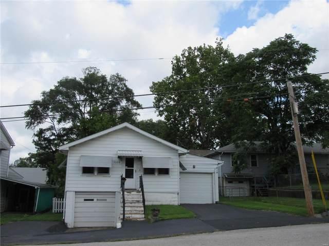 3328 Fernwood Ave, Alton, IL 62002 (#20055486) :: Tarrant & Harman Real Estate and Auction Co.