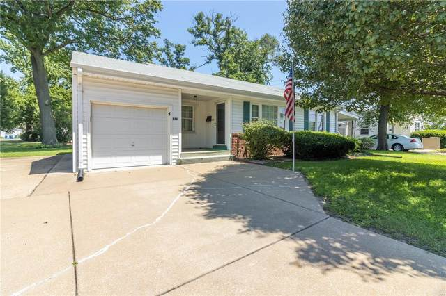679 Charbonier, Florissant, MO 63031 (#20055571) :: The Becky O'Neill Power Home Selling Team